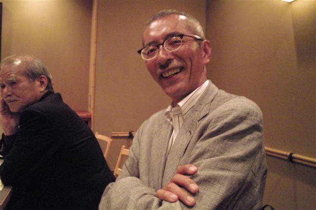 日本写真家ユニオンの仲間、写真家芥川仁さんとJPSの新常務理事になったバク斉藤さん。