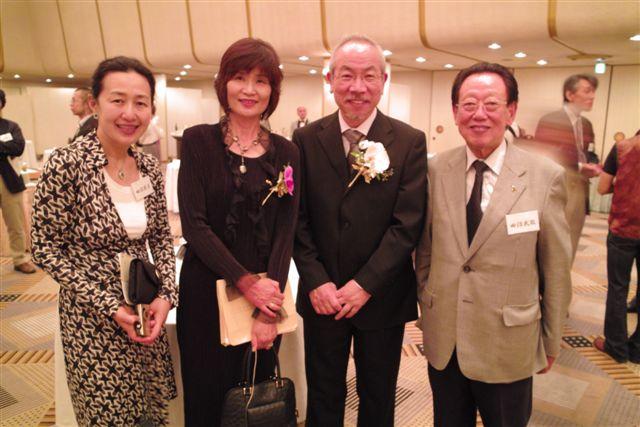 田沼武能日本写真家協会会長ご夫妻と大西成明ご夫妻と
